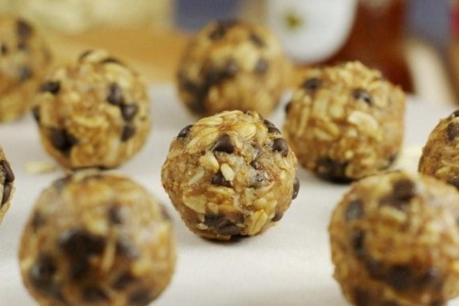 Boom-Boom's Protein Balls [Recipe + Macros]